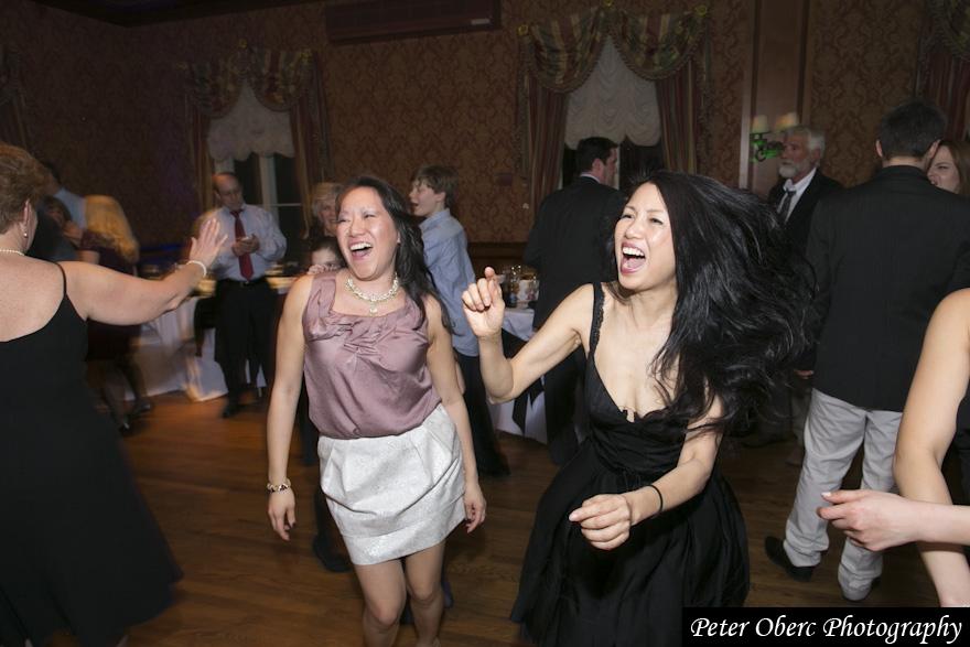 Rowsley Estate Wedding Dancing