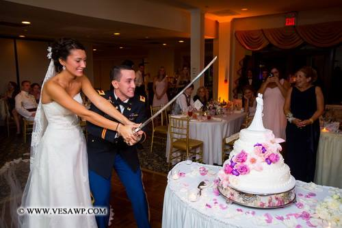 why do we cut a wedding cake apb s why do we a cake cutting ceremony 27460