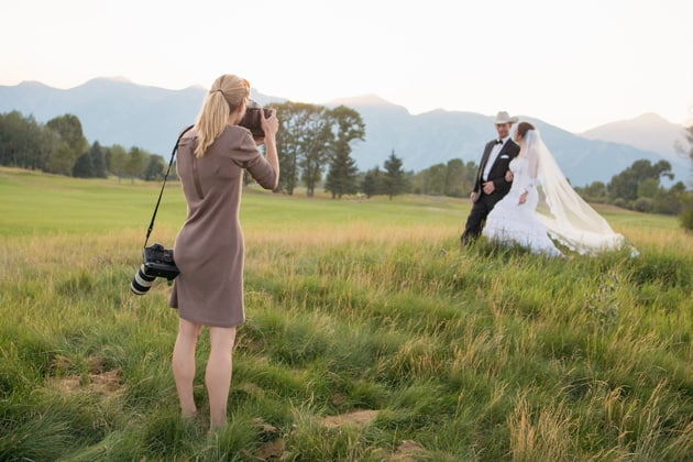 Wedding photography shot list tips for What to wear as a wedding photographer