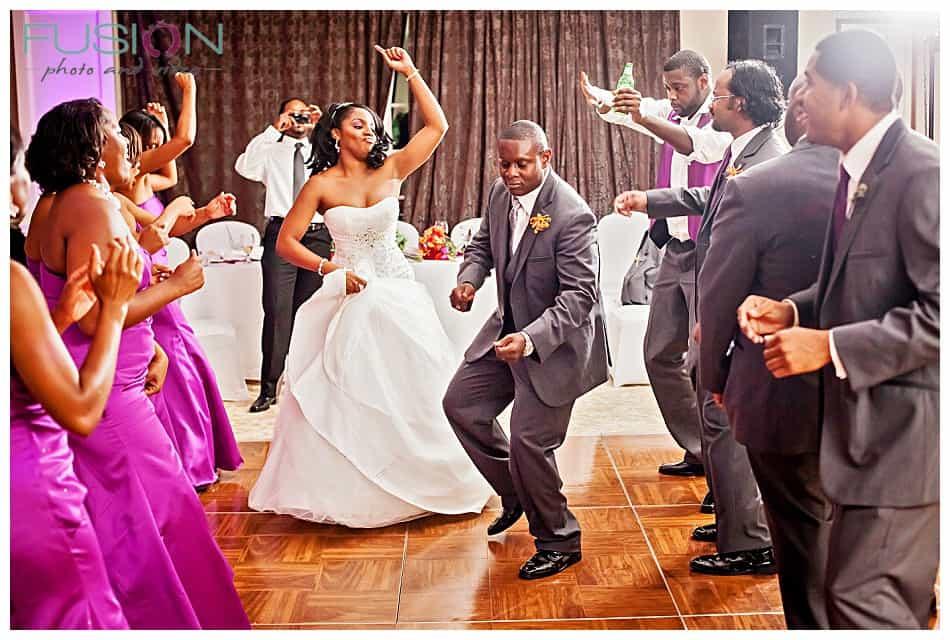 bride groom dancing, Music playlist, wedding playlist