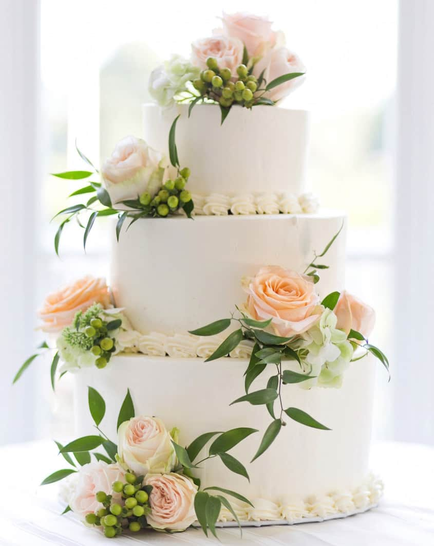 How To Freeze The Top Layer Of Your Wedding Cake