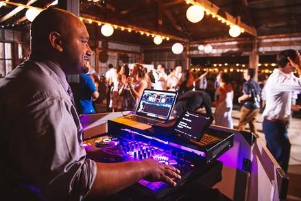 Hudson Valley Wedding DJ